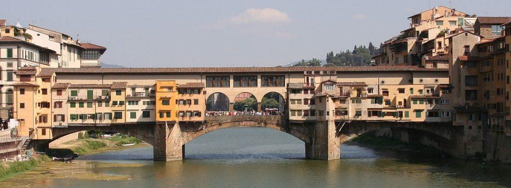 1200px-Ponte_Vecchio_visto_dal_ponte_di_Santa_Trinita
