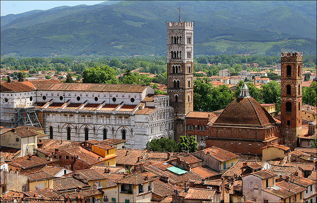 7128-lucca_italy_europe_20-02-2012_3