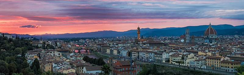 800px-Sunset_at_Piazzale_Michelangelo,_Florence,_Italy