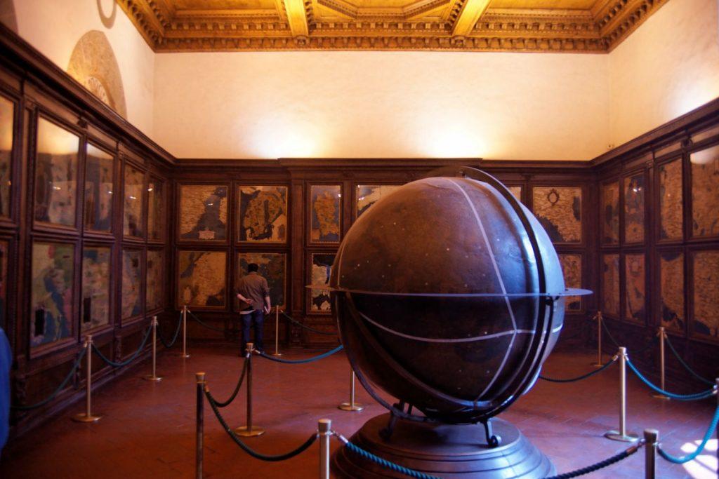 Firenze / Florence - Palazzo Vecchio - 2nd Floor - Guardaroba / Sala delle Mappe Geografiche - View ESE