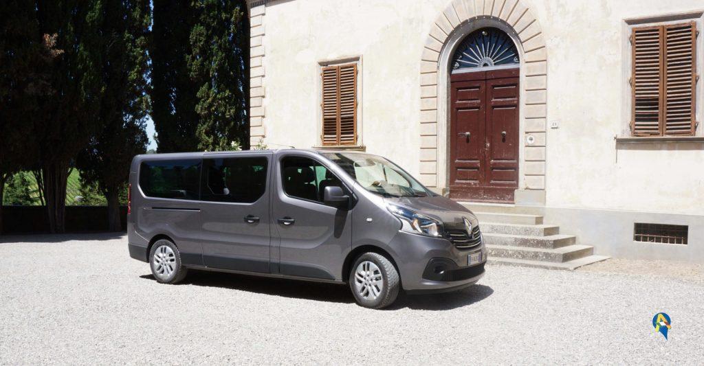 Minivan renault escursione