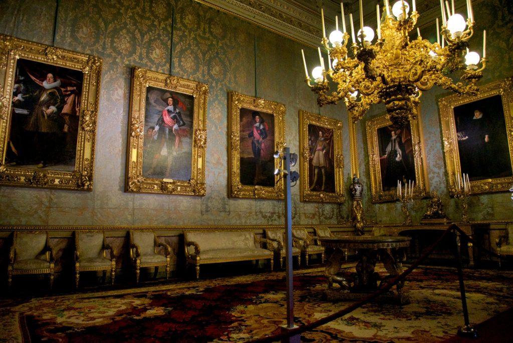 Palazzo-Pitti-Royal-Apartments-1