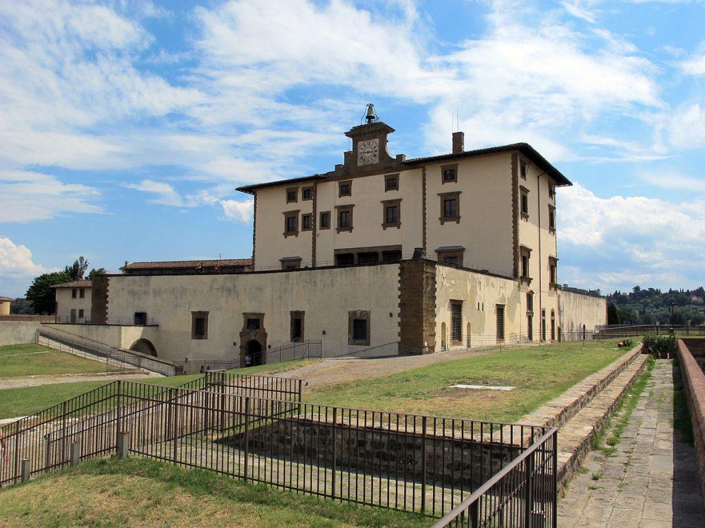 Forte_belvedere,_edificio_principale_08