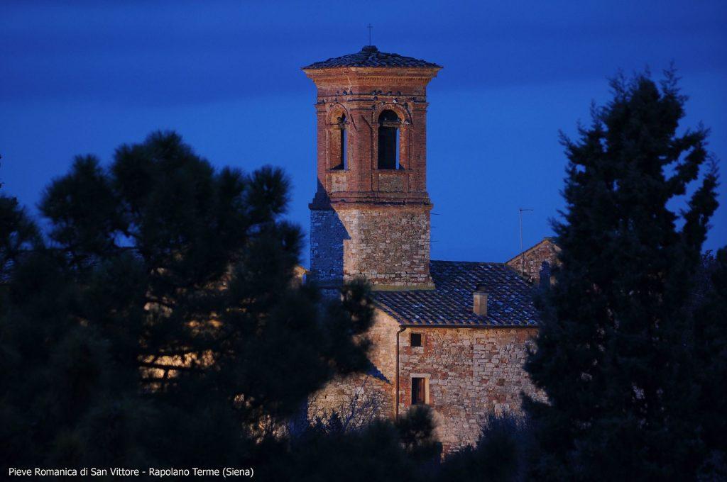 Pieve_Romanica_Rapolano_Terme_-_panoramio