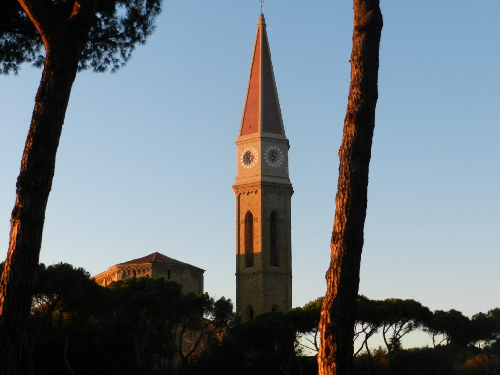 campanile-1203910_1920