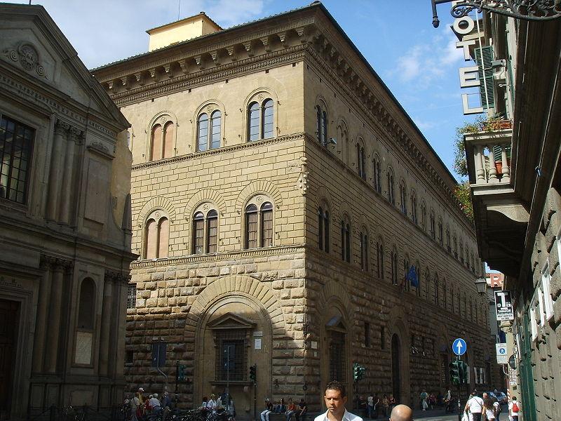 800px-Palazzo_medici_riccardi_33