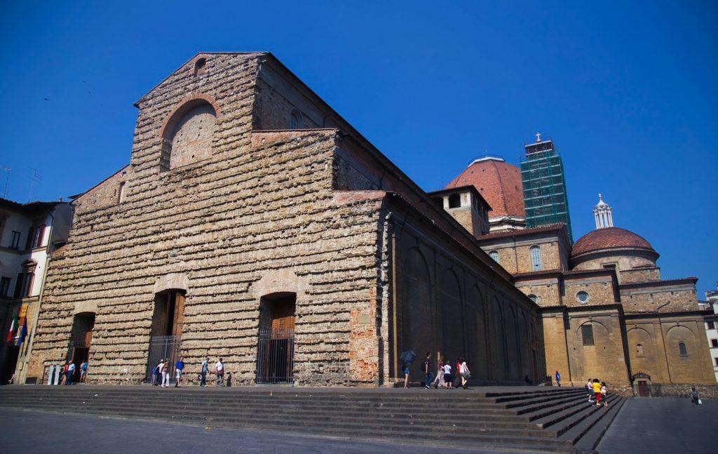 San-Lorenzo-facade