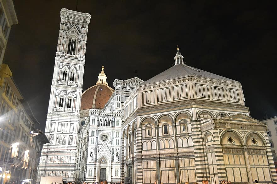 dome-of-florence-florance-italy-basilica-of-santa-maria-del-fiore-cathedral-night-dome