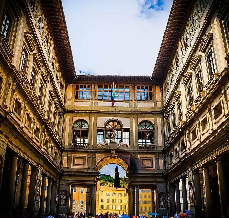 florence-italy-uffizi-gallery-architecture-museum-art-ornate-fortress