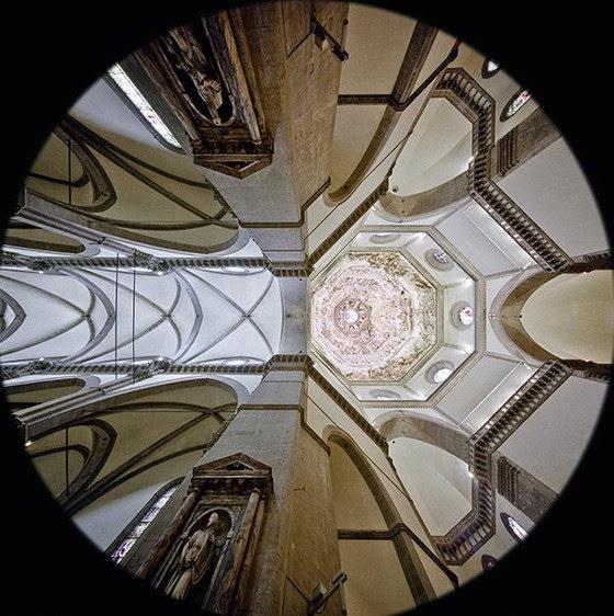Arnolfo-di-Cambio-Cattedrale-di-Santa-Maria-del-Fiore-interno-visione-delle-volte